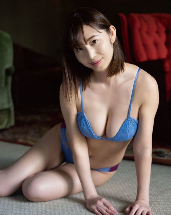 熟女アナ 塩地美澄のアラフォー艶ボディエロ画像70枚のa10枚目