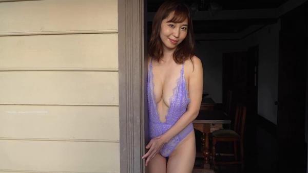 熟女アナ 塩地美澄のアラフォー艶ボディエロ画像70枚のb03枚目