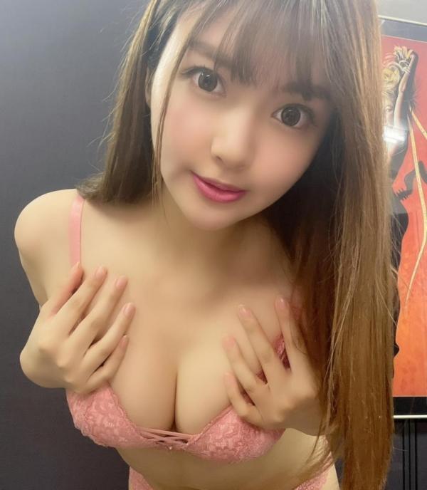 裸よりもセクシーな下着姿のエッチなお姉さんのエロ画像45枚の06枚目