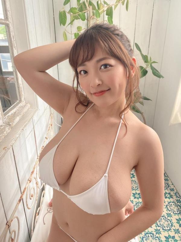 柳瀬さき(柳瀬早紀)33歳になったグラドルやなパイさんの超乳画像30枚の28枚目