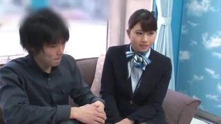 マジックミラー号にて、制服姿のお姉さんの、筆下ろし素股着エロエロ動画!【フェラ、騎乗位動画】