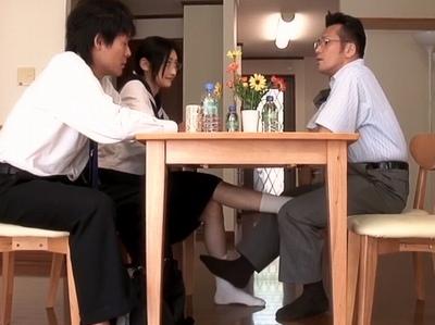 小悪魔な眼鏡のJK女子校生の、誘惑無料エロ動画。【JK、女子校生動画】