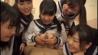 【童貞】巨乳の女子校生の、パイズリ主観中出し無料エロ動画!【膣内射精、ハーレム、騎乗位動画】