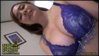 【人妻 ハメ撮り】爆乳の人妻素人の、中出し不倫パイズリプレイエロ動画。いい乳してます!【おっぱい】