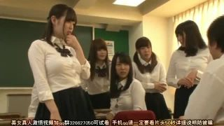 Hな下着のぽっちゃりで爆乳で女子校生の、着エロハーレムエロ動画。【女子校生動画】