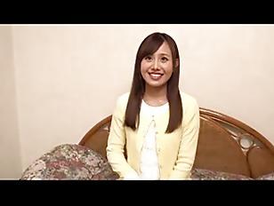 【童貞】激カワ美人な女子大生の、中出し筆おろし口内射精無料H動画。【騎乗位、だいしゅきホールド動画】