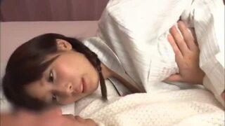 【童貞】デカパイの、小島みなみのファン感謝クンニ手コキ無料エロ動画。【だいしゅきホールド、乳首舐め、筆おろし動画】