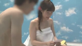 MM号にて、スケベな巨乳で水着姿のお姉さん素人の、SMマッサージ羞恥無料エロ動画!【お姉さん、素人、女子大生動画】