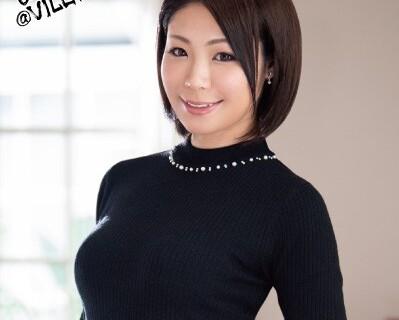 スケベスレンダーな美乳の熟女人妻の、初撮り無料動画。【熟女、人妻動画】