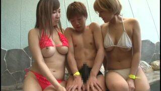【お姉さん】ビキニで水着姿のお姉さん美女の、ハーレム露出セックスプレイがエロい!顔も体もエロすぎる…!!【おっぱい】