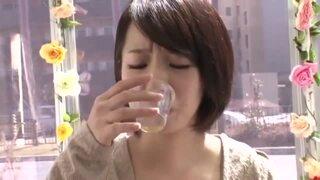 MM号にて、欲求不満スレンダーな美乳の素人人妻の、フェラマッサージ痙攣無料動画!【媚薬、SM動画】