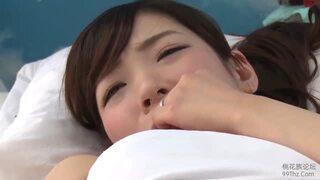 【エロ動画】巨乳の女性の、浮気寝取られsexが、マジックミラー号にて…。エロいおっぱいですね!
