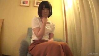 スレンダー黒髪な貧乳の美少女素人の、フェラ電マバック無料エロ動画。【騎乗位、セックス、手マン、乳首舐め、手コキ動画】