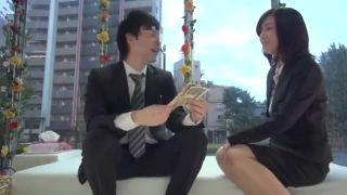 マジックミラー号にて、スレンダーな素人OLの、フェラSM羞恥エロ動画!【セックス動画】
