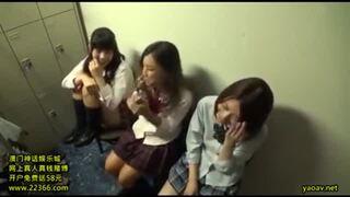 【素人 コスプレ】スレンダーでエロい美尻の素人の、コスプレ騎乗位羞恥プレイ動画!!
