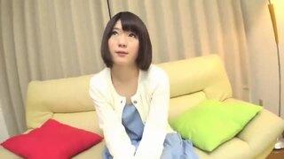 【変態】スレンダーな美乳の美少女素人の、中出しフェラ無料エロ動画。【美少女、素人、女子大生動画】