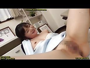 スレンダーな素人ナースの、素股着エロ騎乗位無料エロ動画!【中出し動画】