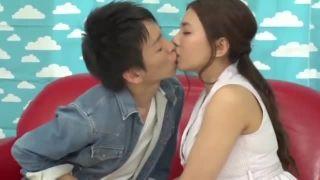 【エロ動画】淫乱でHな美乳のお姉さん素人の、パイズリ騎乗位プレイエロ動画!!実にパーフェクト!