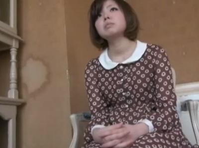 巨乳で制服姿の素人の、母乳ハメ撮り無料エロ動画!【素人動画】