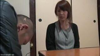 【熟女 不倫】美乳の熟女人妻の、キスセックスクンニプレイエロ動画!【エロ動画】