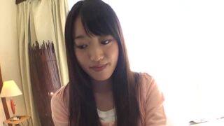黒髪美人スレンダーなパイパンの女子大生素人の、素股中出し昇天エロ動画!【女子大生、素人動画】
