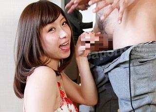【無修正】撮影合間の待ち時間に男優誘惑してチ●ポハメさせザー●ン搾取する痴女優