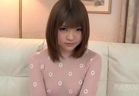 【無修正】 神カワ美少女の綺麗なマンコをおもちゃで弄り倒す