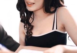 【無修正】美マンコ広げて魅せつけてくる家庭教師のお姉さんの誘惑SEX