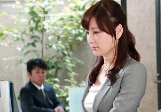【無修正】満島ノエル 寿退社予定の美人OLがオフィスでフェラ!
