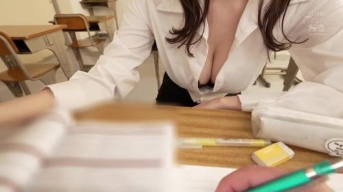 彼女のすぐ傍でJカップお姉さんからささやき淫語と乳首責めで犯●れちゃう僕。 安齋らら 04