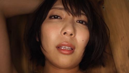 麻倉まりな 誘惑光線 23