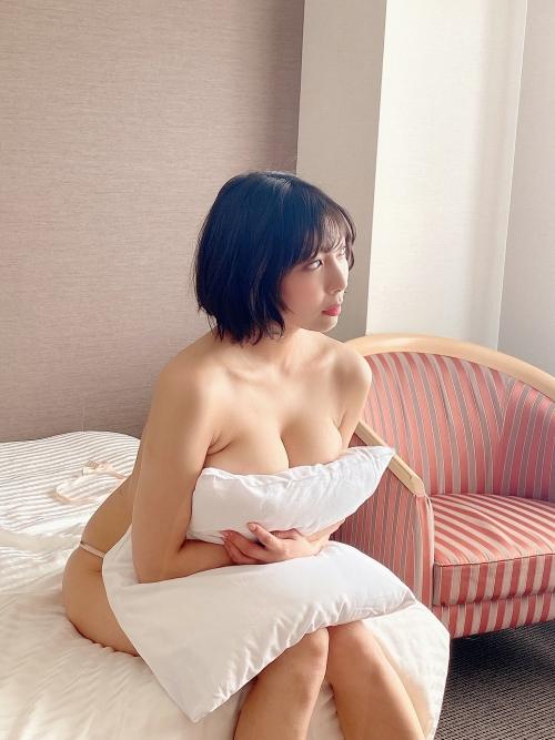 麻倉まりな 誘惑光線 43
