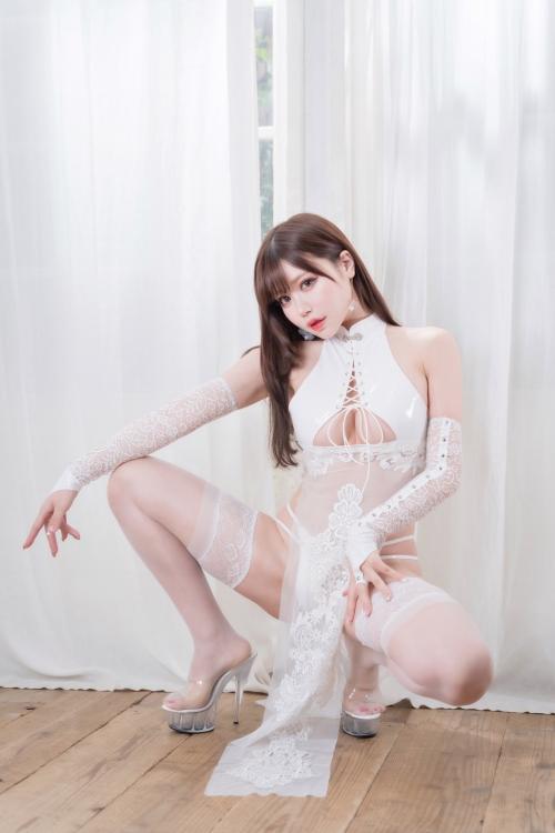 M字開脚 12