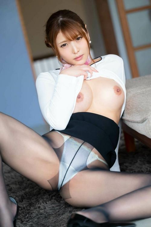 M字開脚 09