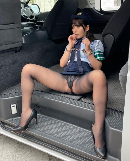 M字開脚 25