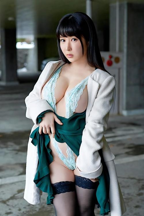 変態露出のV字水着 (Sling Bikini) エロ画像 05