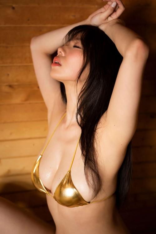鈴木ふみ奈 セルフプロデュース写真集『Leap』 グラビア画像 08