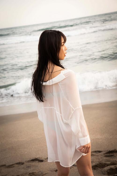 鈴木ふみ奈 セルフプロデュース写真集『Leap』 グラビア画像 09