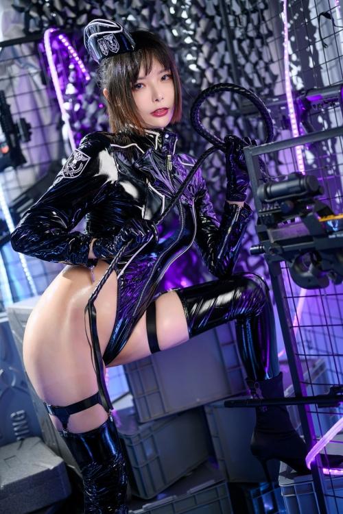秋和柯基(夏小秋秋秋) XiaXiaoqiu Bondage cosplay 09