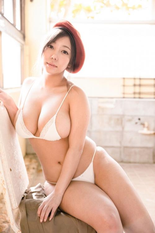 Iカップグラドル「夢見るぅ」隊長がムーディーズよりAVデビュー決定 55