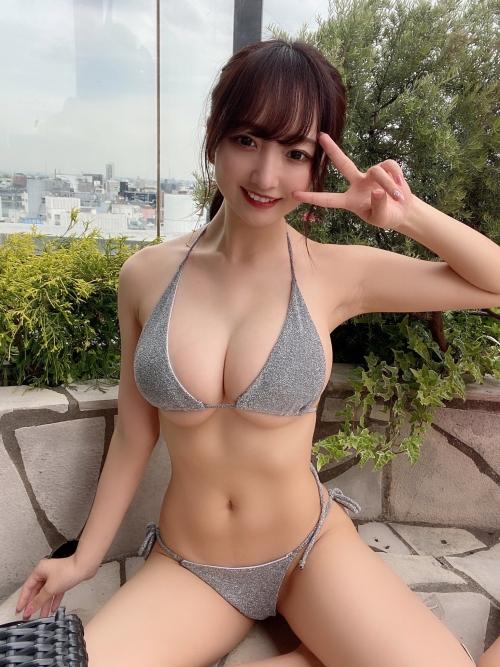 グラビアアイドル ビキニの水着 29