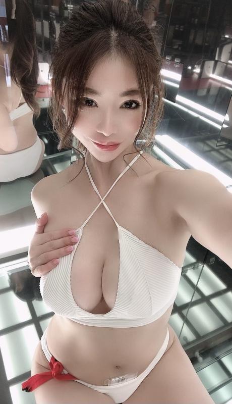 AV女優・コスプレイヤー 抜けるエロ画像 39