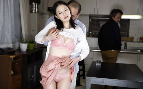 巨乳人妻・熟女AV女優 11