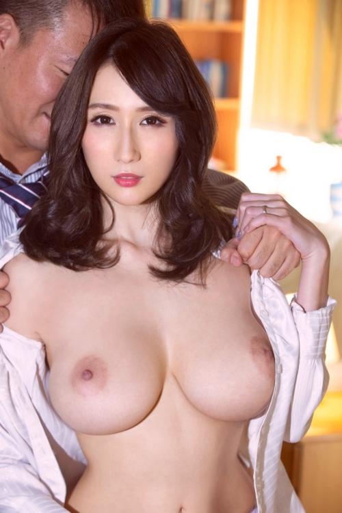 巨乳人妻・熟女AV女優 80
