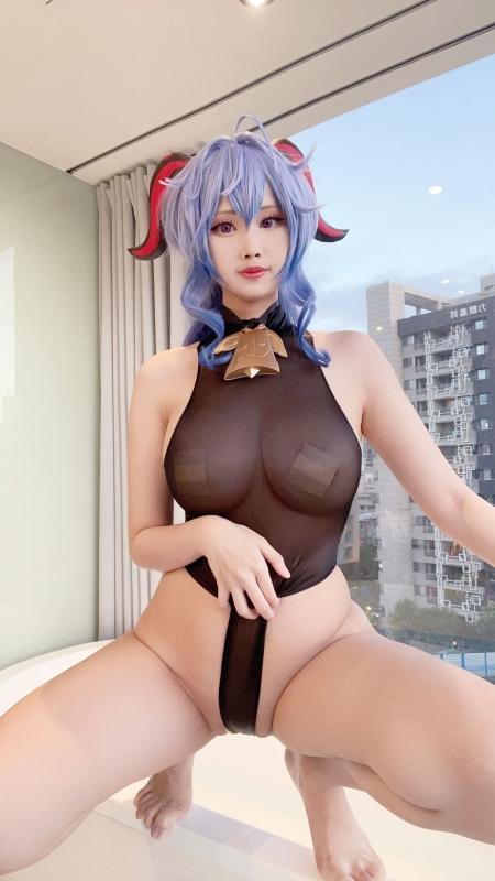 KaYa Huang 萱 Cosplayer 露出コスプレイヤー 36