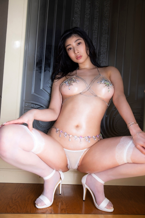m 20210615 028s - 脚をM字に広げて女性生殖器を見せつける女さんたち。2【画像31枚】