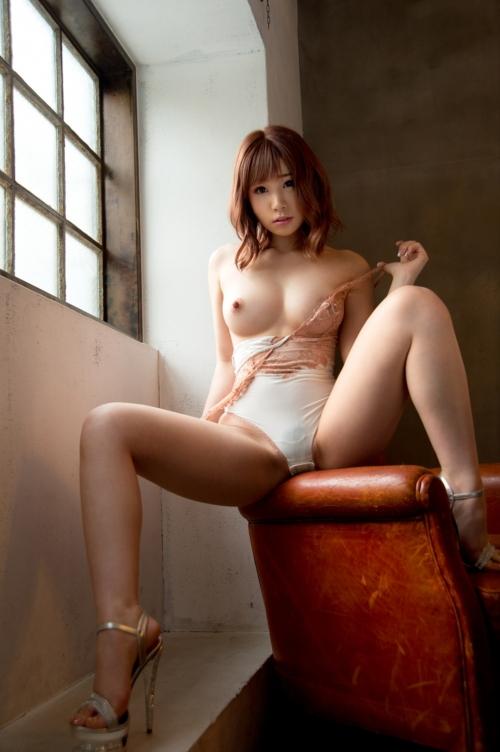 m 20210615 044s - 脚をM字に広げて女性生殖器を見せつける女さんたち。2【画像31枚】