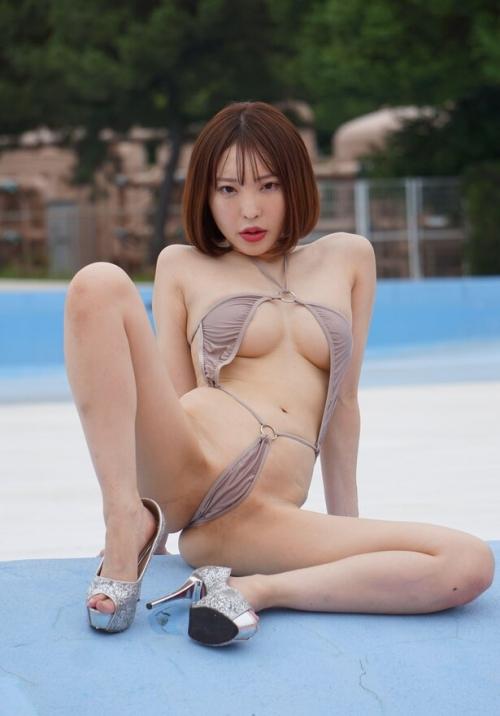 M字開脚 エロ画像 22