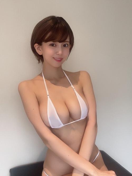 マイクロビキニ エロ画像 42