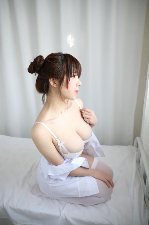 性的なナースコスプレ 07